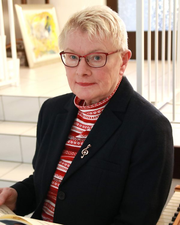 Dr. Renate Schusky